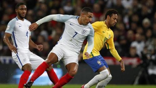 Pertandingan Antara Inggris VS Brasil Berakhir Seri