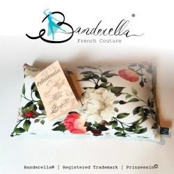 Ein Beautykissen muß nicht groß sein. Im Gegenteil: Das kleine Beautykissen von Banderella hält die Perlenfüllung noch besser zusammen, als ein großes Kissen.
