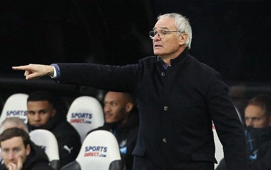 Leicester City's Italian manager Claudio Ranieri gestures during the English Premier League football match between Newcastle United and Leicester City at St James' Park in Newcastle-upon-Tyne, north east England, on November 21, 2015. AFP PHOTO / LINDSEY PARNABY  RESTRICTED TO EDITORIAL USE. No use with unauthorized audio, video, data, fixture lists, club/league logos or 'live' services. Online in-match use limited to 75 images, no video emulation. No use in betting, games or single club/league/player publications. / AFP / LINDSEY PARNABY