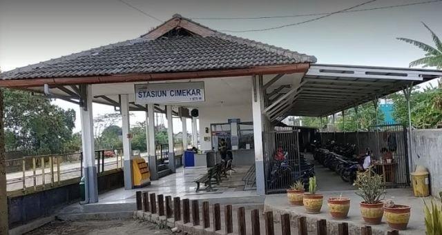 Stasiun KA Cimekar Bandung