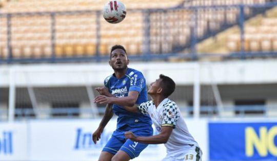 Persib Bandung vs Tira Persikabo Imbang 0-0