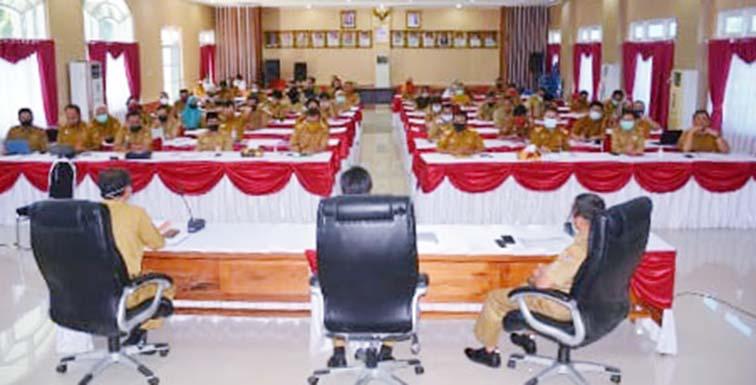 Bupati Pimpin Rapat TAPD Bersama OPD dan Camat se Kabupaten Banggai