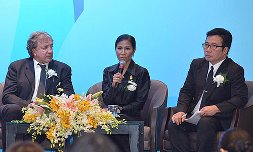 (From left)Mr. Andy Treadwell, Managing Director of the Thailand Yacht Show , H.E. Kobkarn Wattanavrangkul, Minister of Tourism and Sports and Mr. Noppadon Pakprot, TAT Deputy Governor for Tourism Products and Business