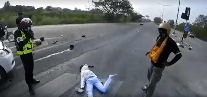 A horrific road accident; where's the first aid by Thai traffic police?