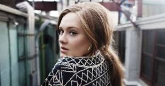 Rolling The Deep Full Song Lyrics By Adele