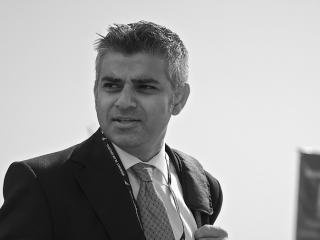 Sadiq Khan, ales primar al Londrei, devine primul edil musulman al unei mari capitale occidentale