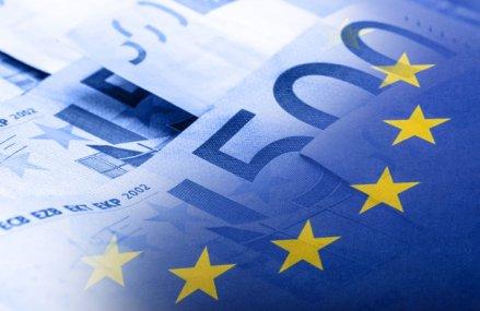 Încrederea zonei euro se redresează uşor în urma măsurilor de relaxare