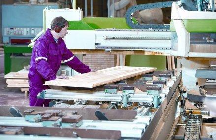 O veste proastă. Producţia de mobilă a scăzut cu peste 10%, trasă în jos de prăbuşirea consumului intern