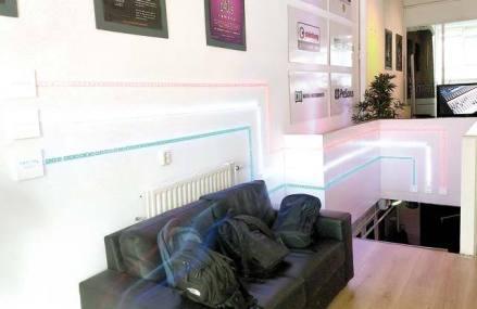 Un start-up pe zi. Antreprenorul Răzvan Isac s-a întors din Rotterdam să producă lămpi şi sisteme de iluminat într-un atelier din Braşov