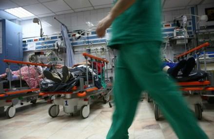 Focuri de armă în Mangalia: Două persoane au ajuns la spital