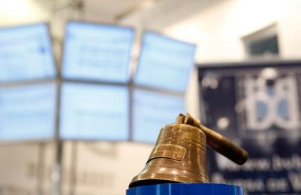 Bittnet Systems, cel mai recent transfer pe piaţa principală a BVB, converteşte în acţiuni un împrumut de 1,05 mil. lei acordat Equatorial Gaming. Bittnet vrea să cumpere integral firma de jocuri