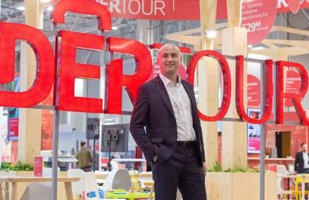 Agenţia de turism Dertour vede o creştere cu 11% a volumului de vânzări în 2020. Dertour operează peste 150 de destinaţii în lume şi 19 destinaţii în 7 oraşe din România