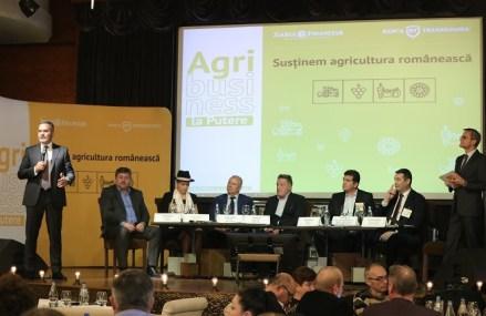 """Conferinţa ZF/ Banca Transilvania Agrobusiness la Putere, Galaţi. Agricultori din toată ţara, uniţi-vă! Viitorul agriculturii româneşti stă în asociere. """"Din păcate, vindem fasole şi cumpărăm conserve, vindem porci şi cumpărăm prosciutto, dar avem potenţial mare."""""""