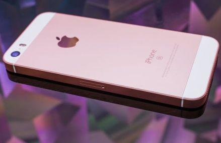 iPhone SE marchează sfârșitul unei ere pentru Apple