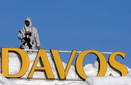 În al 50-lea an de existenţă, Forumul Economic Mondial de la Davos, unde se reuneşte crema politică, financiară, de business şi academică a lumii, încearcă să regăsească spiritul capitalismului
