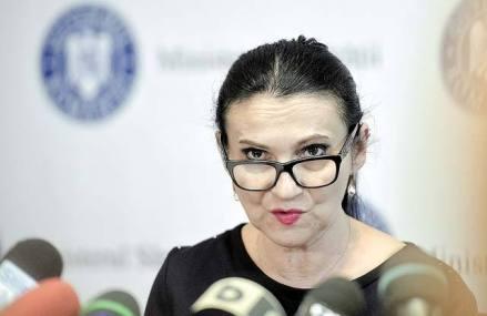ULTIMĂ ORĂ: Percheziţii DNA în biroul Sorinei Pintea, la Spitalul din Baia Mare. Fostul ministru al Sănătăţii răspunde procurorilor anticorupţie de mai bine de şapte ore