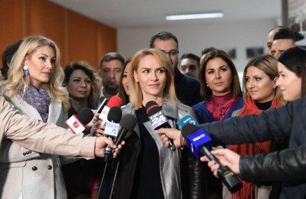 Primarul Capitalei Gabriela Firea: 1.000 de persoane sunt auto-carantinate la domiciliu în Bucureşti