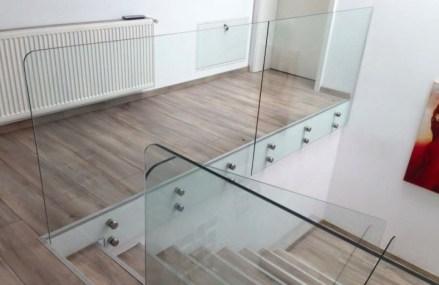 Balustrade din sticlă pentru scara interioară, cea mai bună soluție