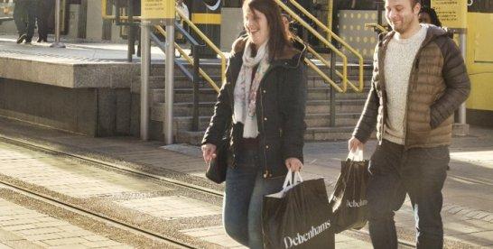 Lanţul de magazine Debenhams, cu peste 22.000 de angajaţi, se pregăteşte de declararea falimentului din cauza crizei COVID-19