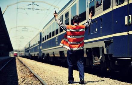 Mecanicii și personalul trenurilor internaționale, exceptați de la obligația de izolare sau carantinare