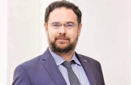 Marea întrebare: cât va muşca pandemia din economia românească în al doilea trimestru, considerat de economişti cel mai negru trimestru economic