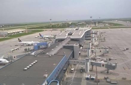 Compania Națională Aeroporturi București – recompense pregătite pentru angajați