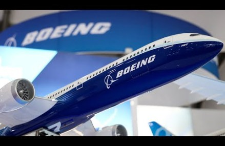 Bursa americana zboara cu Boeing