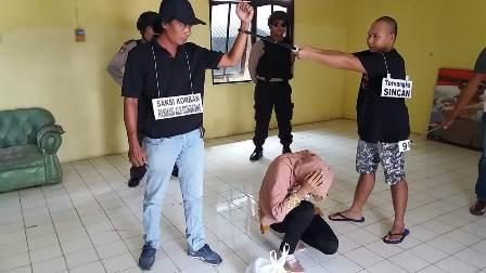 Sincan Reka ulang Pembunuhan di Polsek Banjarmsin Selatan