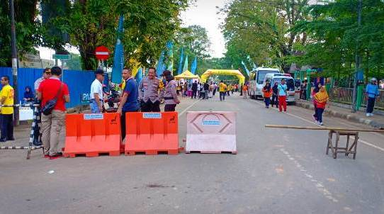 pengamanan rangkaian Jalan Santai peringati May Day di Kota Banjarmasin