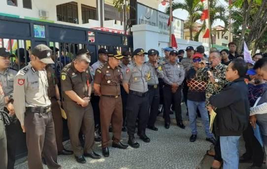 Kabag Ops Pimpin Pengamanan Aksi dari FORPEBAN Kalsel