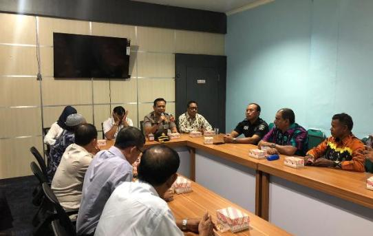 Kapolresta Banjarmasin hadiri Pertemuan Rutin Forum Pembauran Kebangsaan (FPK) Kota Banjarmasin.
