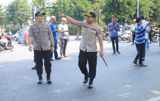 Polresta Banjarmasin Laksanakan Pengamanan penyampaian aspirasi Oleh Aliansi Tokoh Agama dan Mahasiswa Kalsel