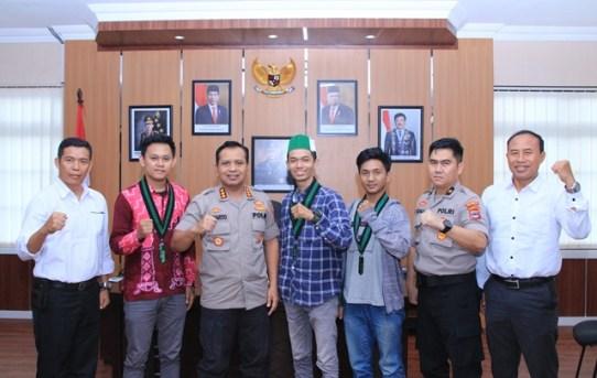 Silaturahmi dan Audiensi : Himpunan Mahasiswa Islam Kunjungi Mako Polresta Banjarmasin