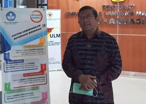 Rektor ULM Banjarmasin : Komjen Pol Drs. Listyo Sigit Prabowo, M.Si. Miliki Kinerja Bagus dan Komitmen Tinggi untuk Memajukan Institusi Polri