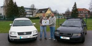 Jan-Gerd Frerichs, Bernd Linnemann und die beiden Teamfahrzeuge