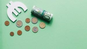 euro banknoty bilon