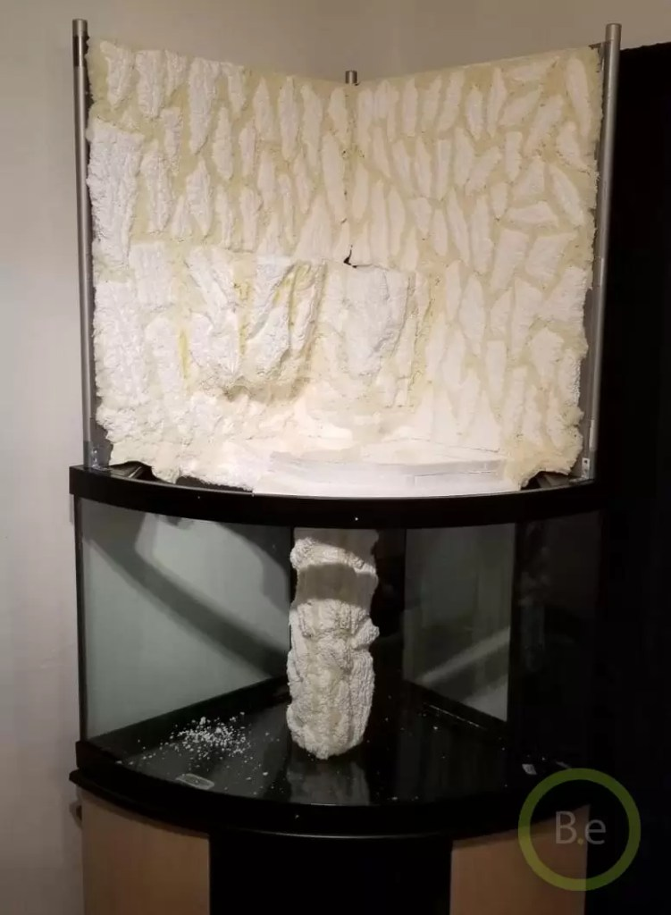 building the foam wall and waterfall for paludarium DIY