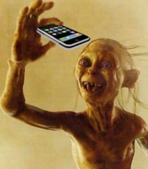 Smartphone: une dépendance diabolique. Soprano dénonce