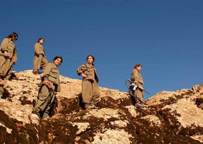 Forças curdas e sírias se unem contra invasão da Turquia