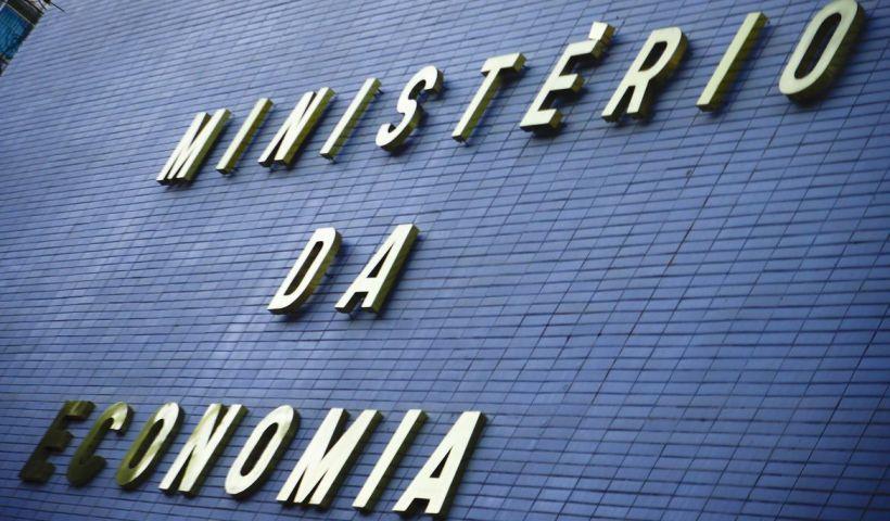 Governo libera R$ 3,1 bilhões para gastos dos ministérios
