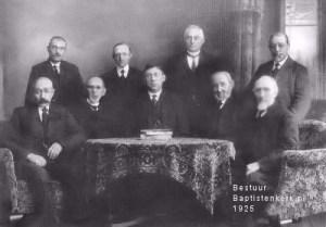 Het bestuur in 1925 BaptistenKerk Stadskanaal