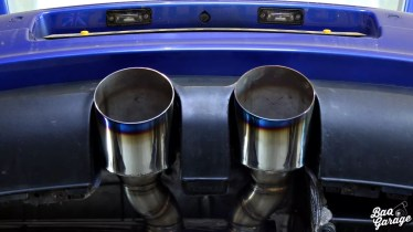 Volkswagen Golf V R32 Turbo (3)