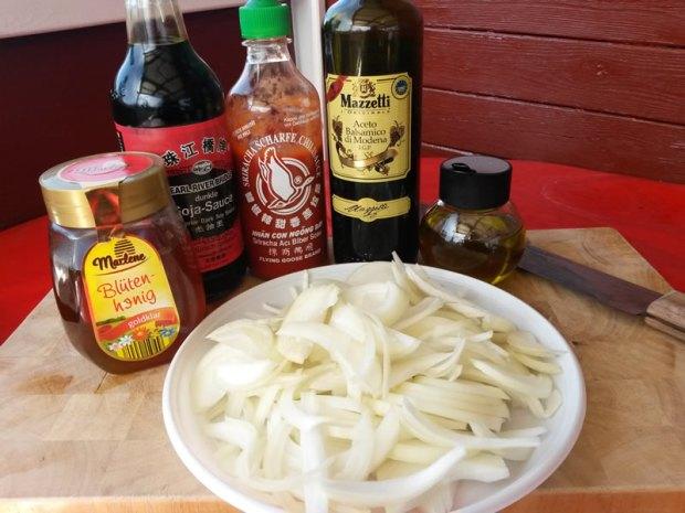 Zutaten für die Honig-Balsamico-Zwiebeln