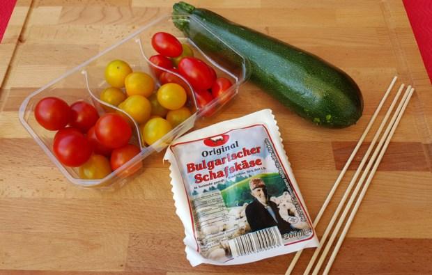 Zutaten für den Zucchini Tomaten Spiess