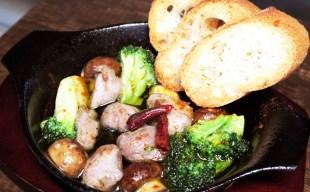 燻製日記~豚フィレと半熟味付け卵+砂肝のアヒージョ(秋の新メニュー)