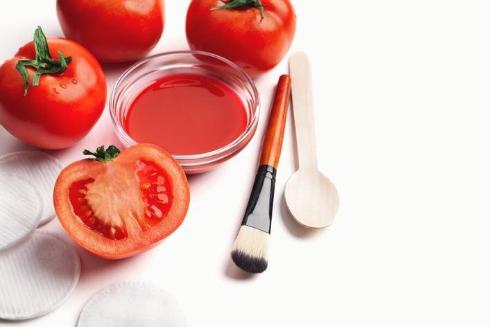 علاج الطماطم لتنظيف المسام