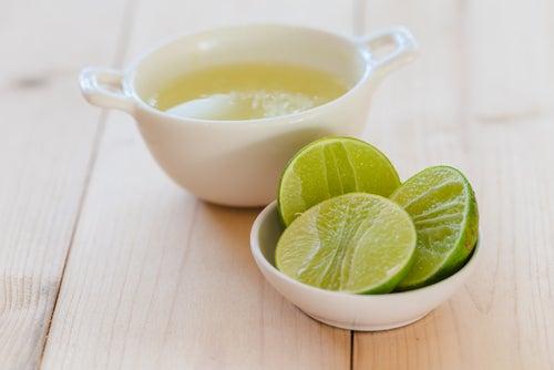 عصير ليمون و لبن بودرة