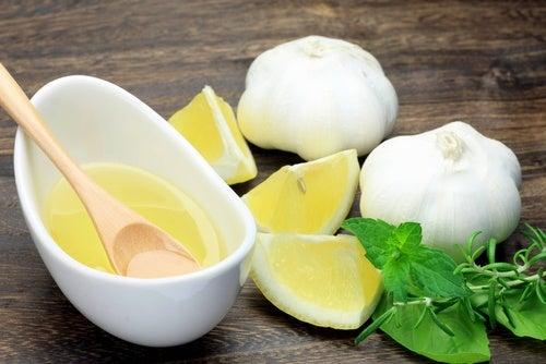 الثوم والليمون