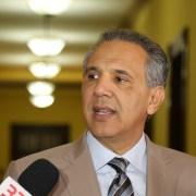 Peralta resalta vigor de economía dominicana