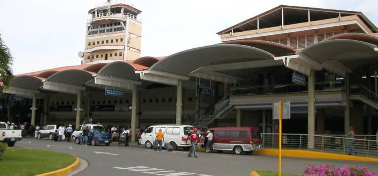 No cobran impuesto a turistas forma personal